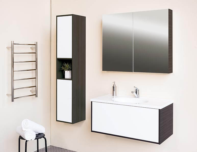 Mode Esteem 900 With Matching Tall Boy & Mirrored Shaving Cabinet